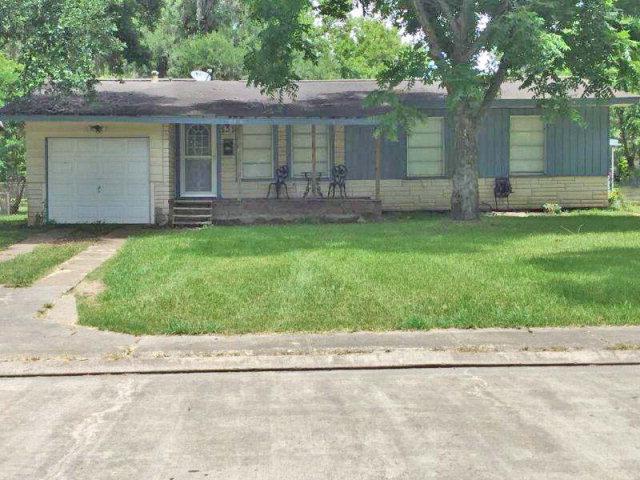 Photo of 533 Magnolia  LAKE JACKSON  TX
