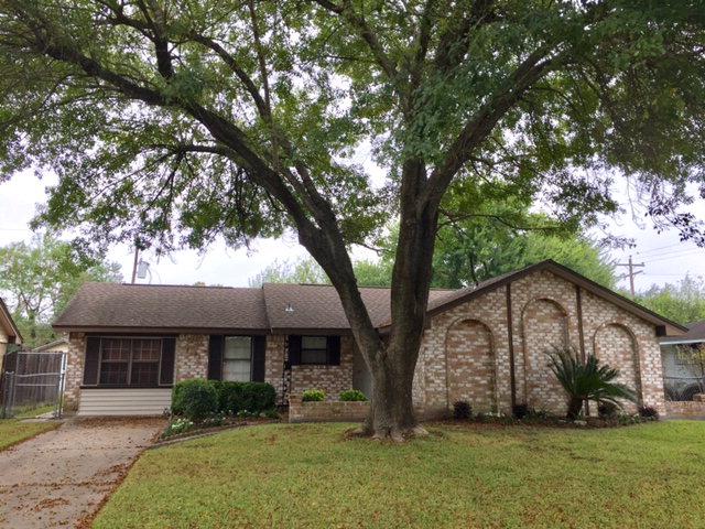 9138 Glenbury Dr, Houston, TX 77037