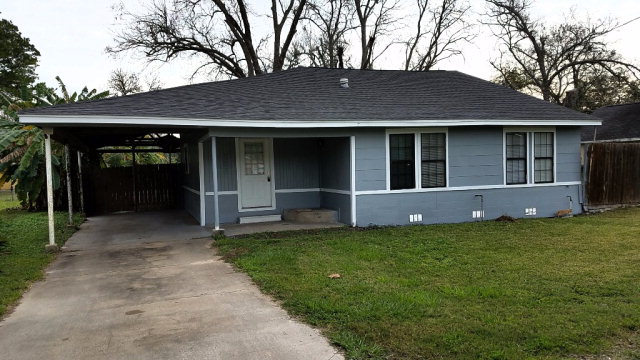 Photo of 137 Shady Ln  WEST COLUMBIA  TX