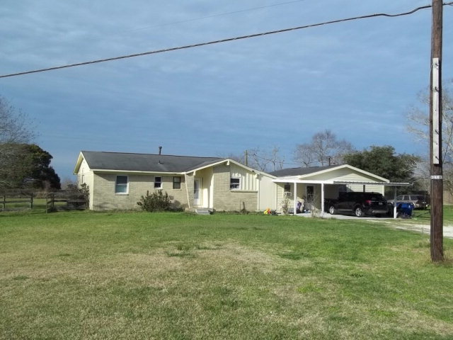 Photo of 3403 CR 208  DANBURY  TX