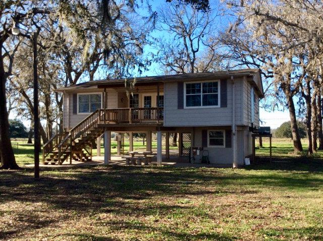 Photo of 29635 County Road 25  DAMON  TX
