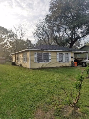 Photo of 625 N Anderson St  ANGLETON  TX
