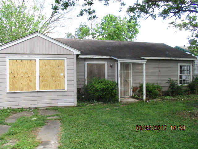 Photo of 6835 Saint Augustine St  HOUSTON  TX