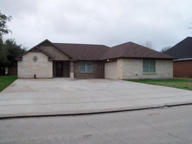 1108 N. Belle Angleton, TX 77515