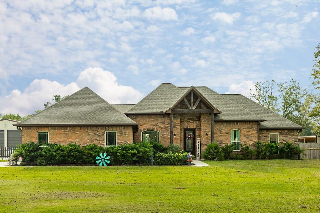 1314 Mill Road Angleton, TX 77515