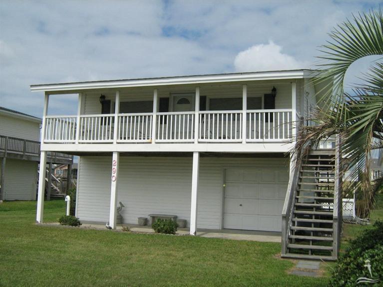 290 Ocean Blvd W, Holden Beach, NC 28462