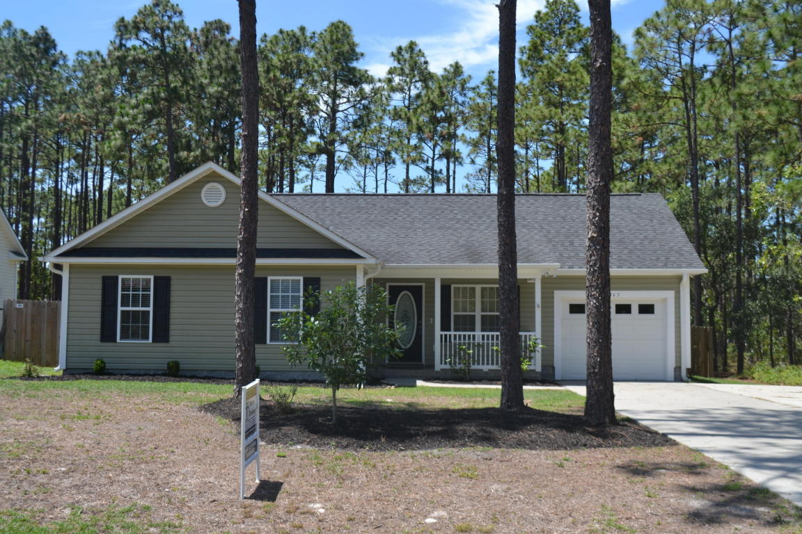747 Pepperhill Rd, Southport, NC 28461