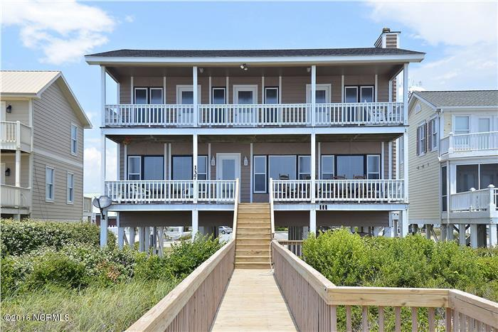 137 Ocean Blvd W, Supply, NC 28462