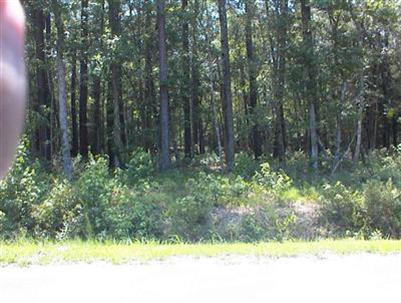 14 Myrtlewood Dr, Carolina Shores, NC 28467