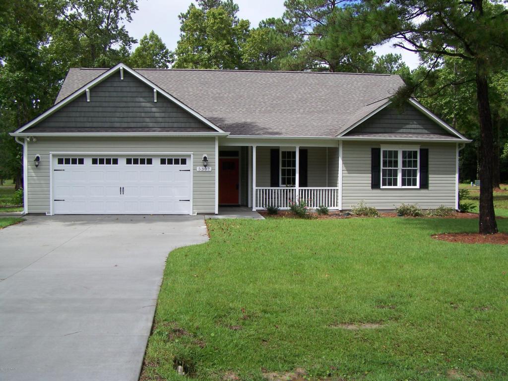 5307 Glennfield Cir Se, Southport, NC 28461