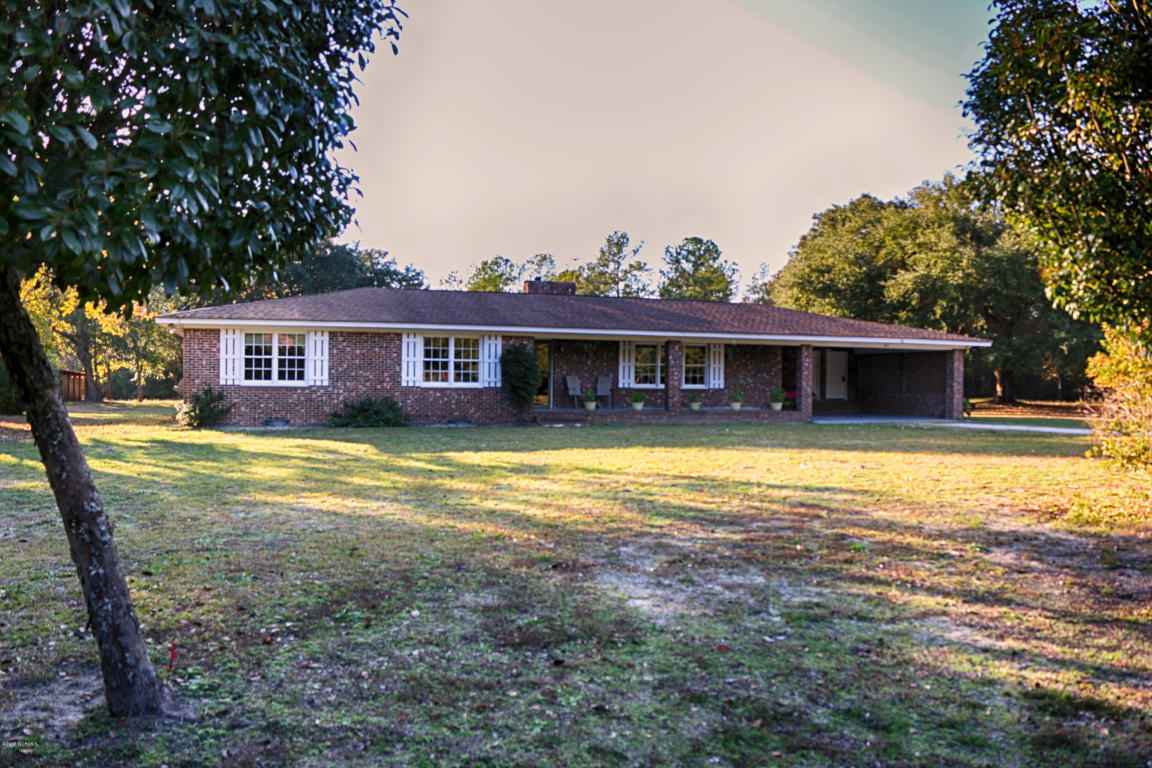 61 Red Bug Rd SW, Shallotte, NC 28470