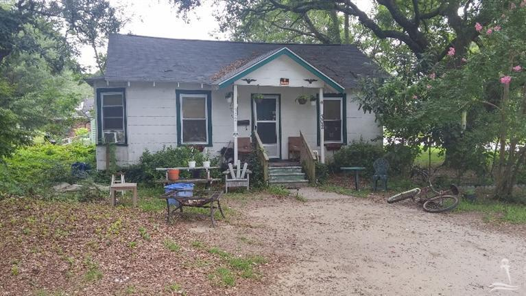 Photo of 302 St George Street  Southport  NC