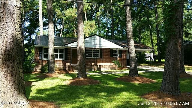 Photo of 215 Forest Drive W  Whiteville  NC