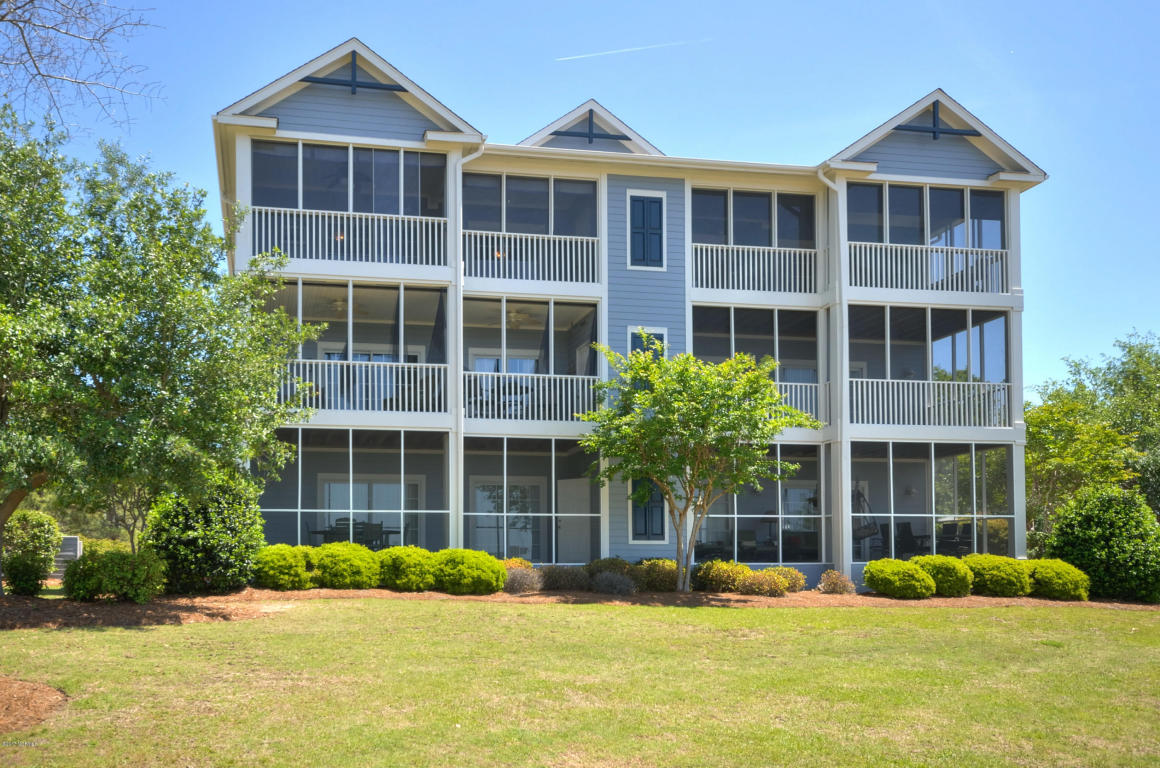 2555 St James Drive SE 105, Southport, North Carolina