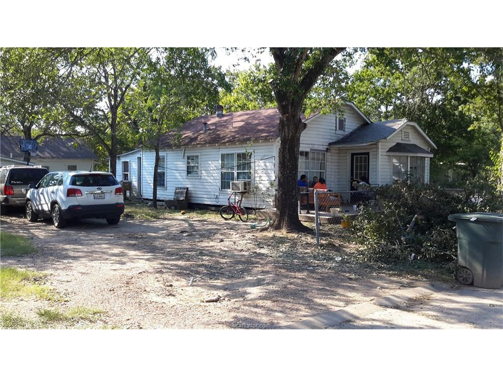 Photo of 800 Holt Street  Bryan  TX