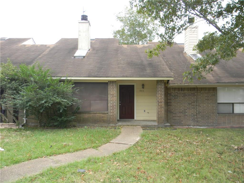 Photo of 945 Navidad Street  Bryan  TX