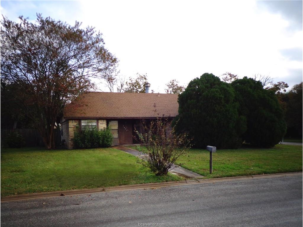 Photo of 3607 Forestwood Drive  Bryan  TX