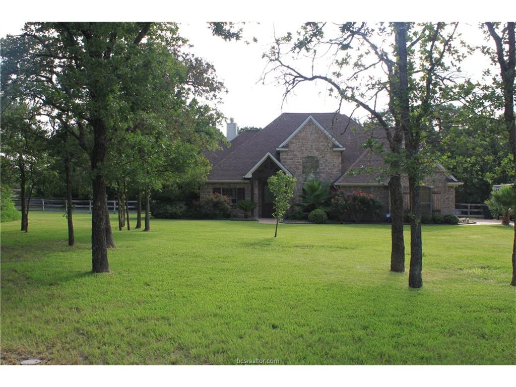 18361 Wigeon Trail Dr, College Station, TX 77845