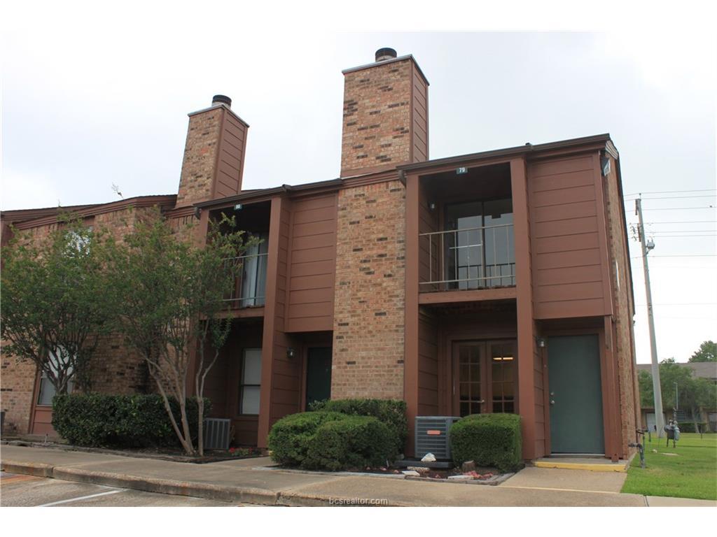 Photo of 904 University Oaks Boulevard  College Station  TX