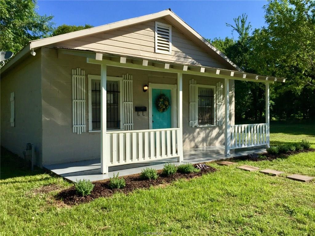 Photo of 608 West 9th Street  Hearne  TX