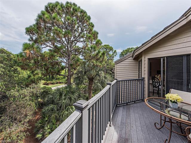 27113 Oakwood Lake Dr, Bonita Springs, FL 34134