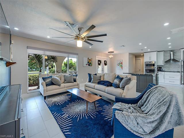 Photo of 699 104th AVE N  NAPLES  FL