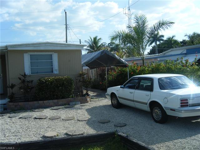 12011 Palm Dr Fort Myers, FL 33908