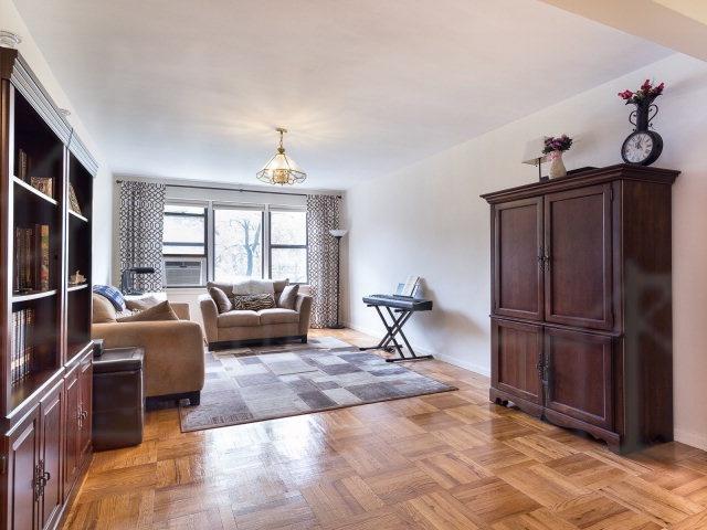 Rental Homes for Rent, ListingId:34103313, location: 620 W 239th St Riverdale 10463