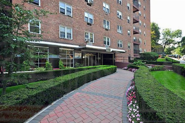 5550 Fieldston Rd, Bronx, NY 10471