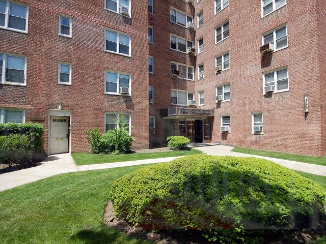 Rental Homes for Rent, ListingId:36999992, location: 3725 Henry Hudson Parkway Bronx 10463