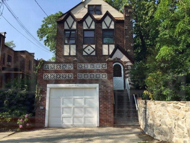 Photo of 223 Whalen St  Bronx  NY