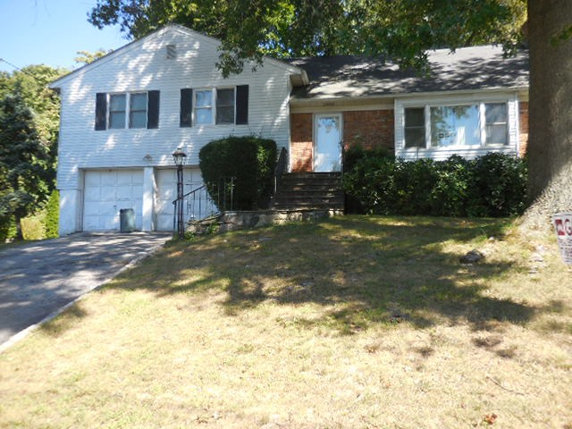 Photo of 90 Amherst Drive  New Rochelle  NY