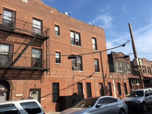 109 E 93rd St, Brooklyn, NY 11212
