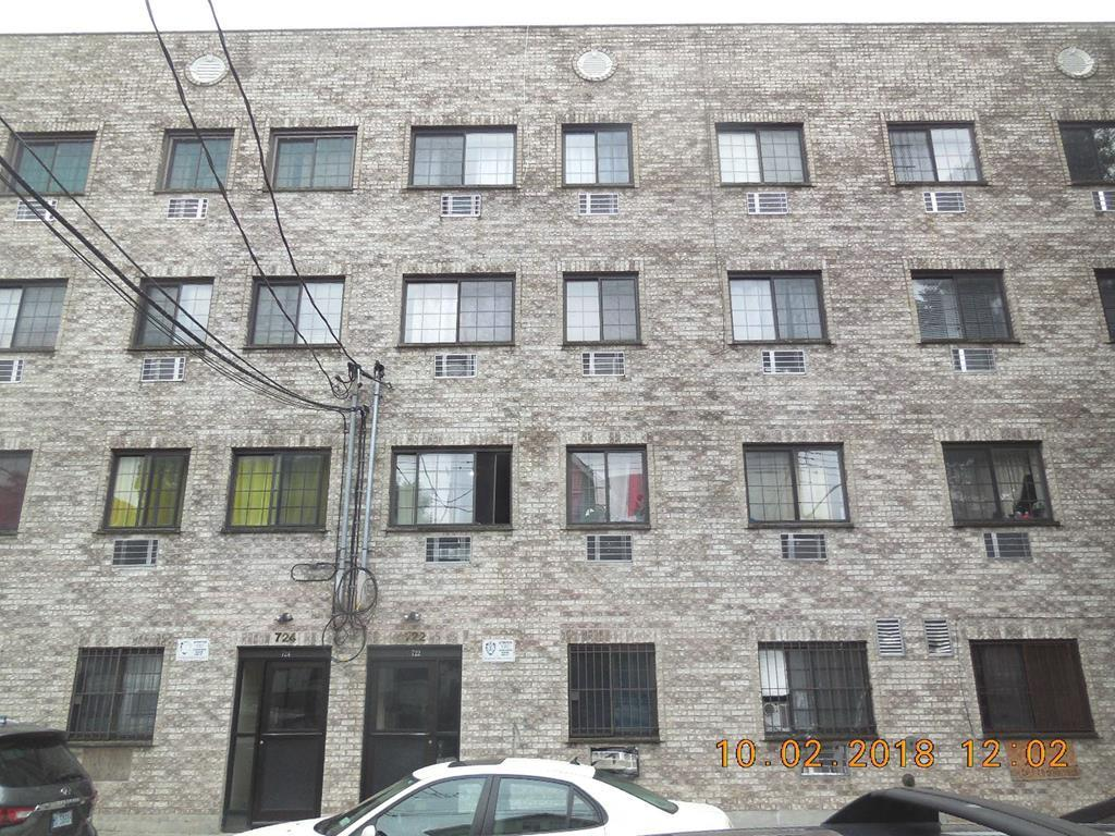 One of Bronx 1 Bedroom Homes for Sale at 722 E 217th St