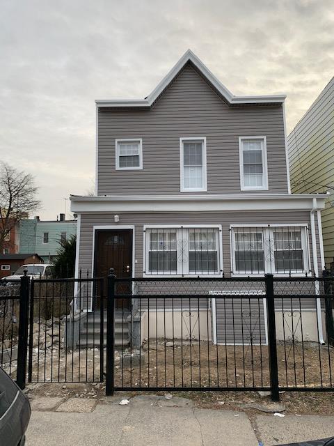 852 E 223rd St,Bronx  NY