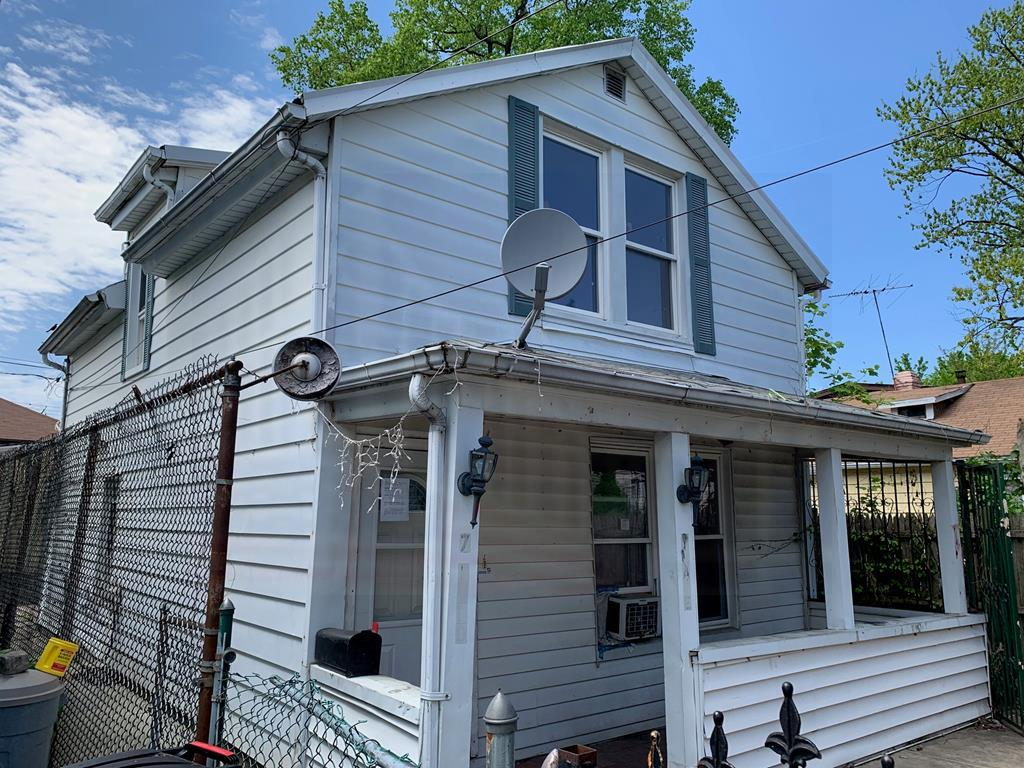 One of Bronx 3 Bedroom Homes for Sale at 7 Rudd Place