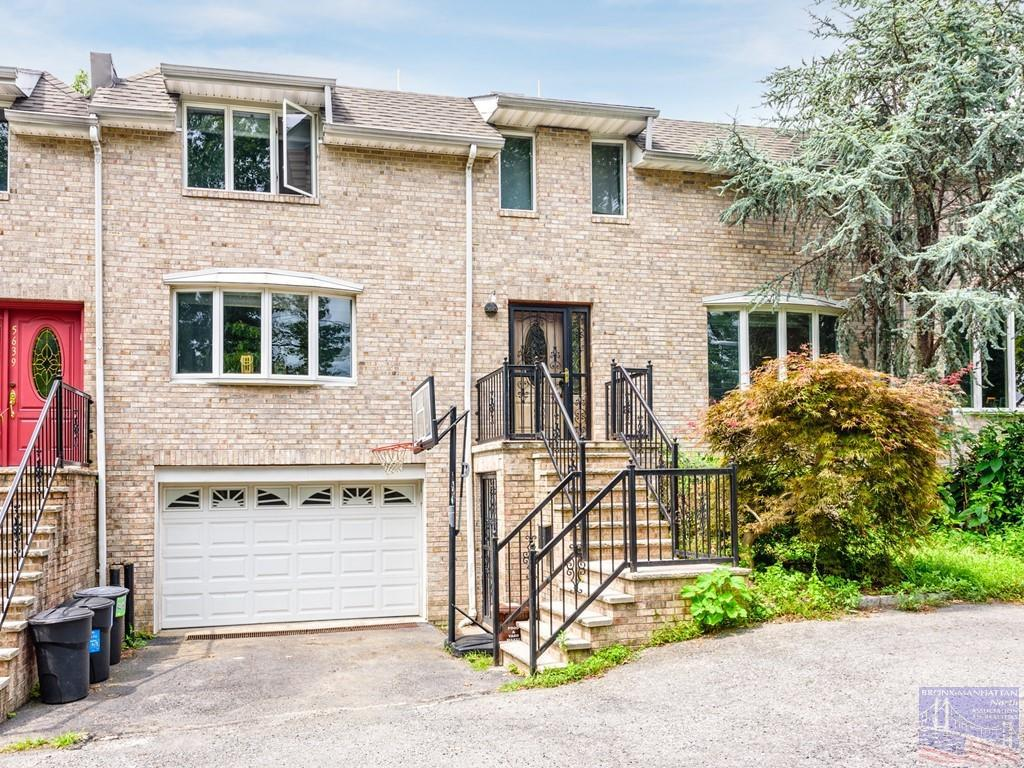 One of Bronx 3 Bedroom Homes for Sale at 5641 Delafield Ave