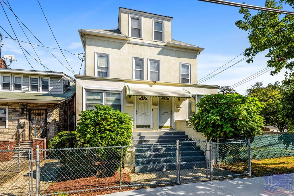 1700 Yates Ave, Bronx, New York