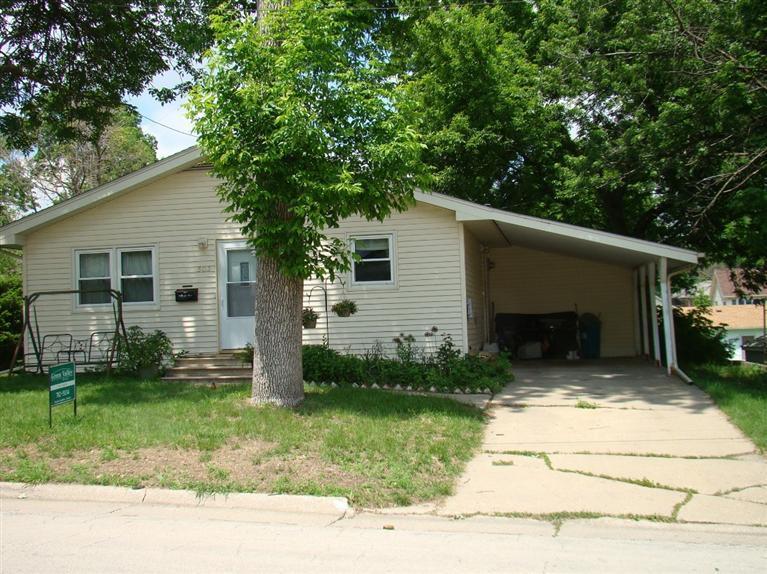 Real Estate for Sale, ListingId: 27940633, Creston,IA50801