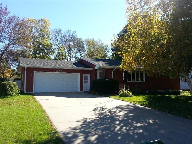 Real Estate for Sale, ListingId: 30316215, Creston,IA50801