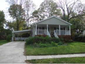 Rental Homes for Rent, ListingId:26110751, location: 624 E Moody Dr Bloomington 47401