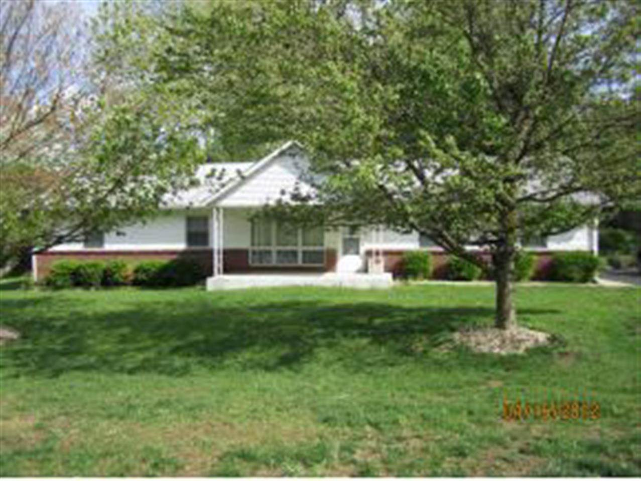 Rental Homes for Rent, ListingId:26860118, location: 1901 W Lancaster Dr Bloomington 47404