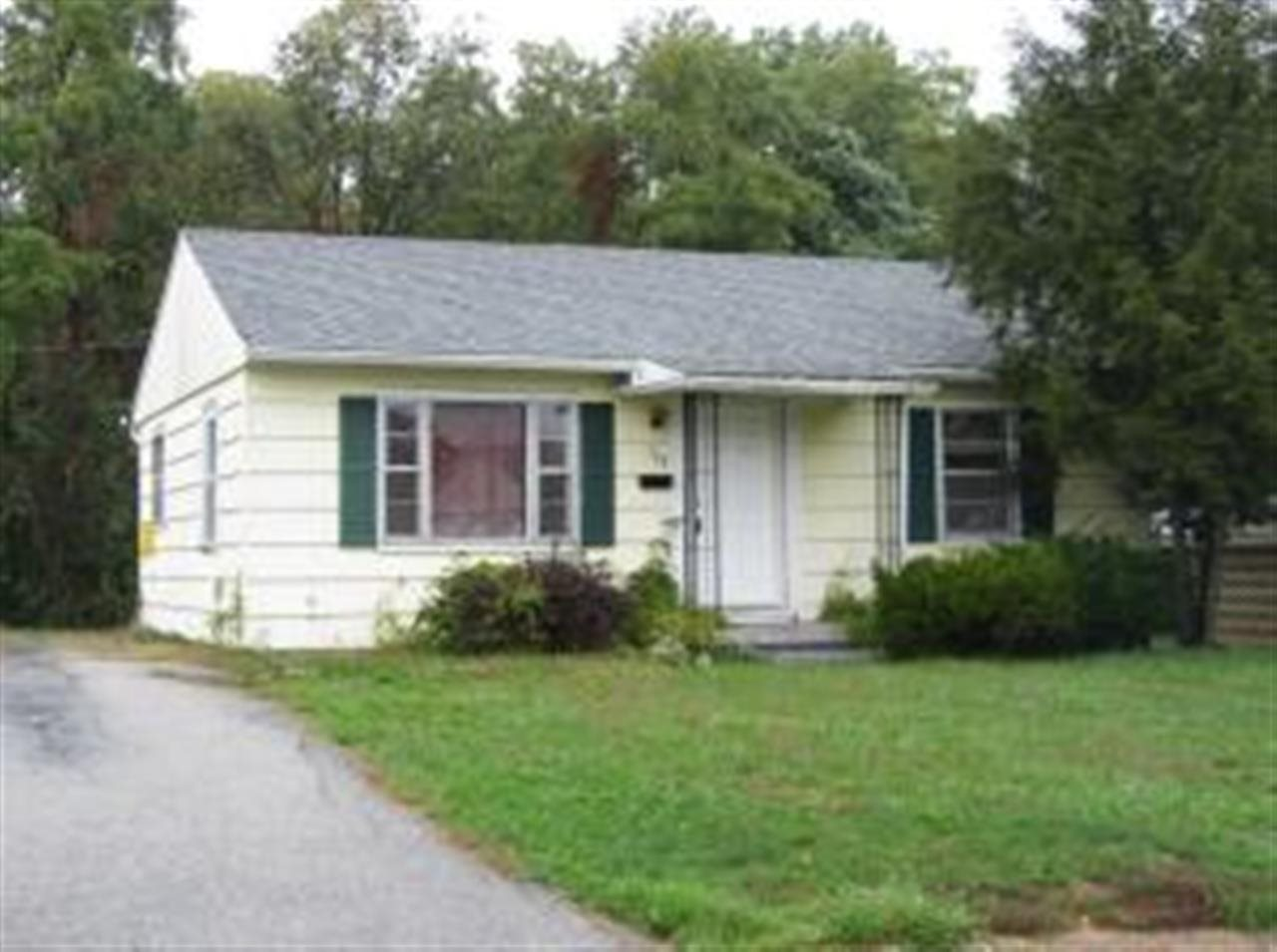 Rental Homes for Rent, ListingId:27139057, location: 113 Forest Park Drive Bedford 47421