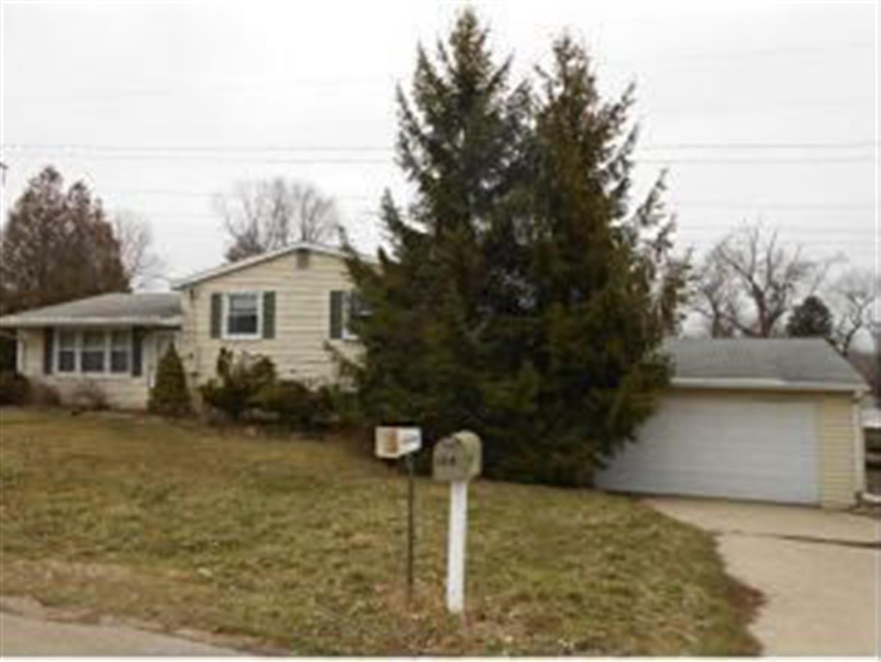 Rental Homes for Rent, ListingId:27207994, location: 1314 N Logan Rd Bloomington 47404