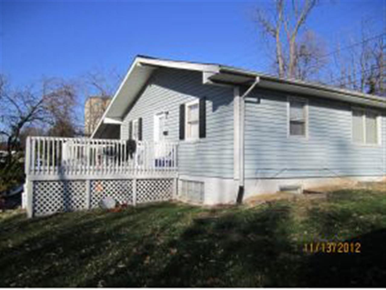 Rental Homes for Rent, ListingId:27216406, location: 428 N Clark St Bloomington 47401