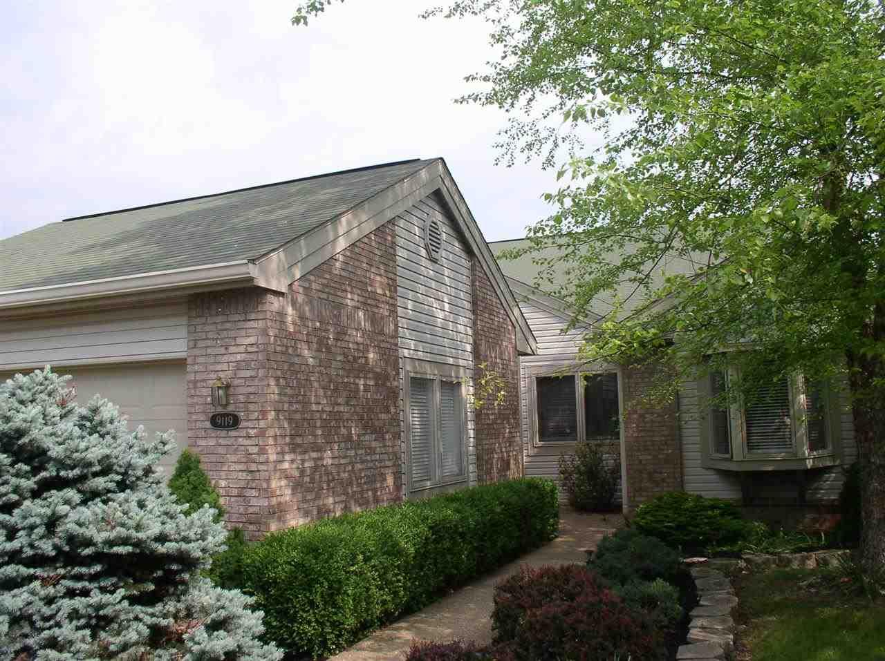 Rental Homes for Rent, ListingId:29473908, location: 9119 Front Nine Bloomington 47401