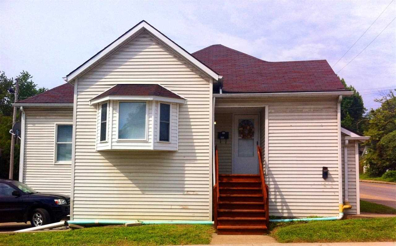 Rental Homes for Rent, ListingId:30450413, location: 322 E 10th Street Bloomington 47408