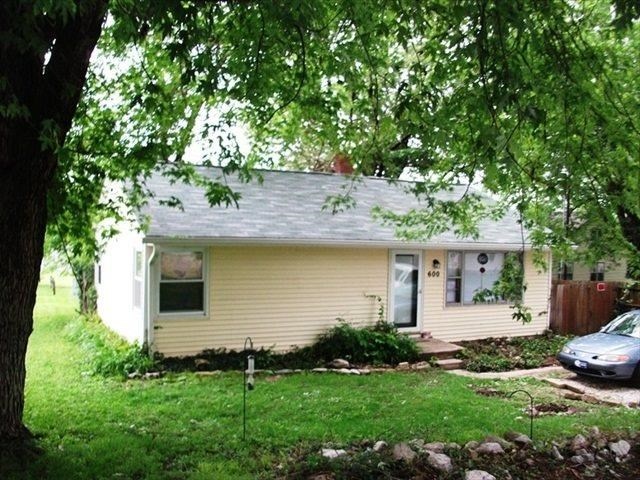 Rental Homes for Rent, ListingId:30734408, location: 600 W Cherokee Drive Bloomington 47403