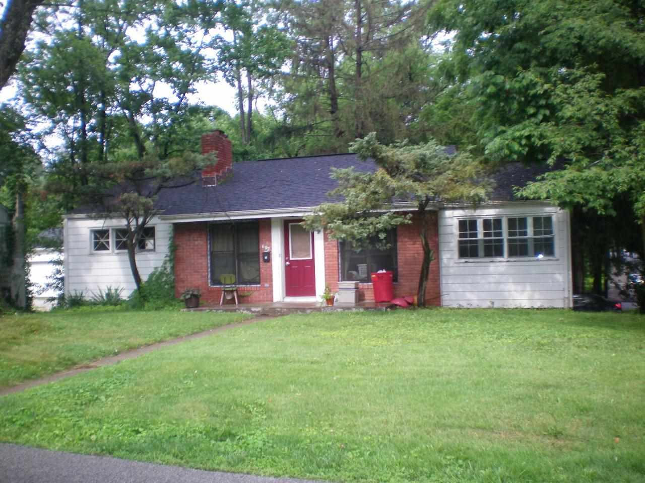 Rental Homes for Rent, ListingId:31640150, location: 602 S Mitchell Bloomington 47401
