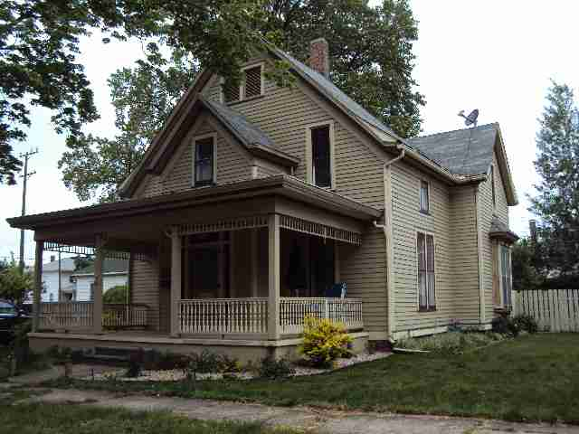 Photo of 209 E Jefferson  Clinton  IL